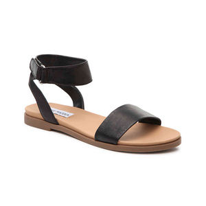 Steve Madden Meghan Flat Sandal Black Size 6.5